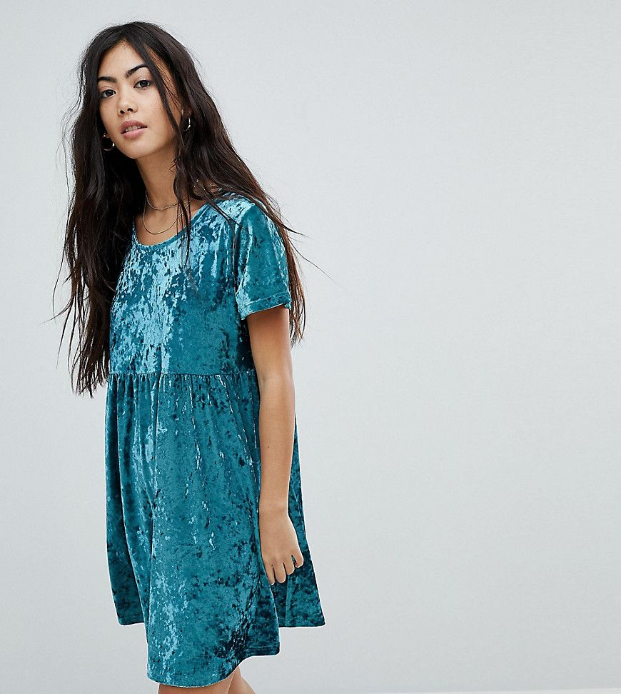 Glamorous Petite - Hängerkleid aus Knittersamt - Grün Jetzt ...