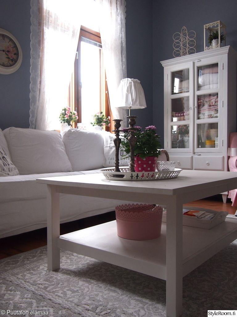 """Käyttäjän """"Puutalonelamaa"""" makuuhuoneessa eri värit ja sävyt muodostavat kauniin kokonaisuudren. #styleroom #inspiroivakoti #maalaisromanttinen #olohuone"""