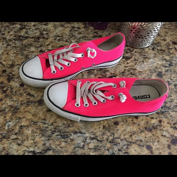Hot Neon Pink Converse. Women s size 7 Gorgeous hot neon pink converse. I  absolutely 3c4f51efd