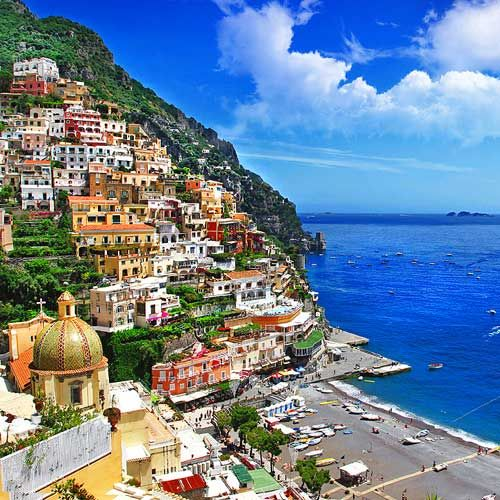 Would you like to spend your vacation in Amalfi ?