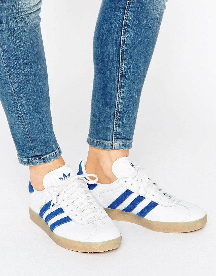 finest selection e14d6 444a2 Zapatillas de deporte de cuero con suela de goma Gazelle de adidas Originals.  Zapatillas de deporte de Adidas, Exterior de cuero, Detalle de ante, ...