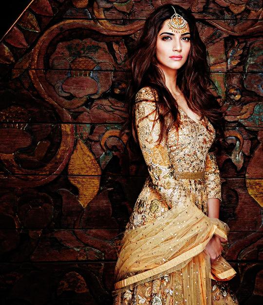 Bollywood, Tollywood & Más: Sonam Kapoor Hi! Blitz