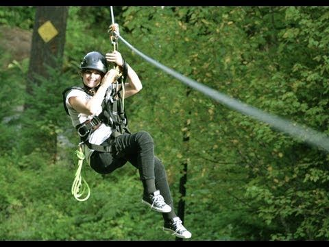 Accessible Made Zip Line Tour Near The Columbia River Gorge In Washington By Wheelchairtraveling Com Ziplining Columbia River Gorge Seattle Area
