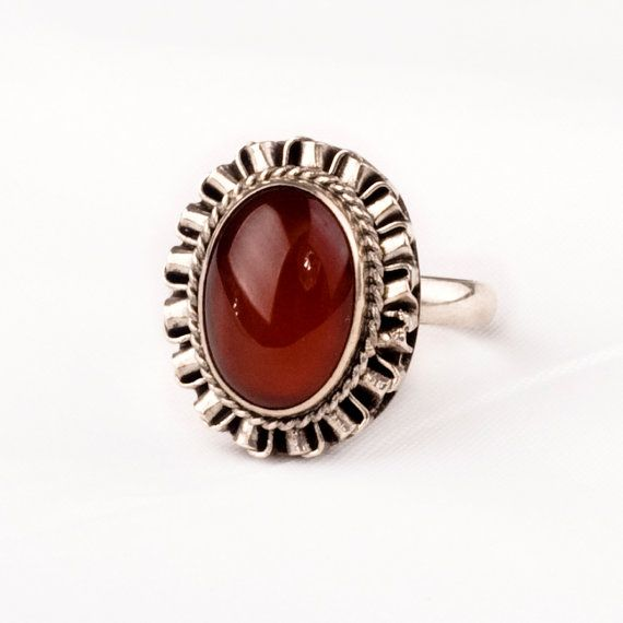 Hey, I found this really awesome Etsy listing at https://www.etsy.com/listing/191777996/stunning-vintage-silver-ring-with-fine