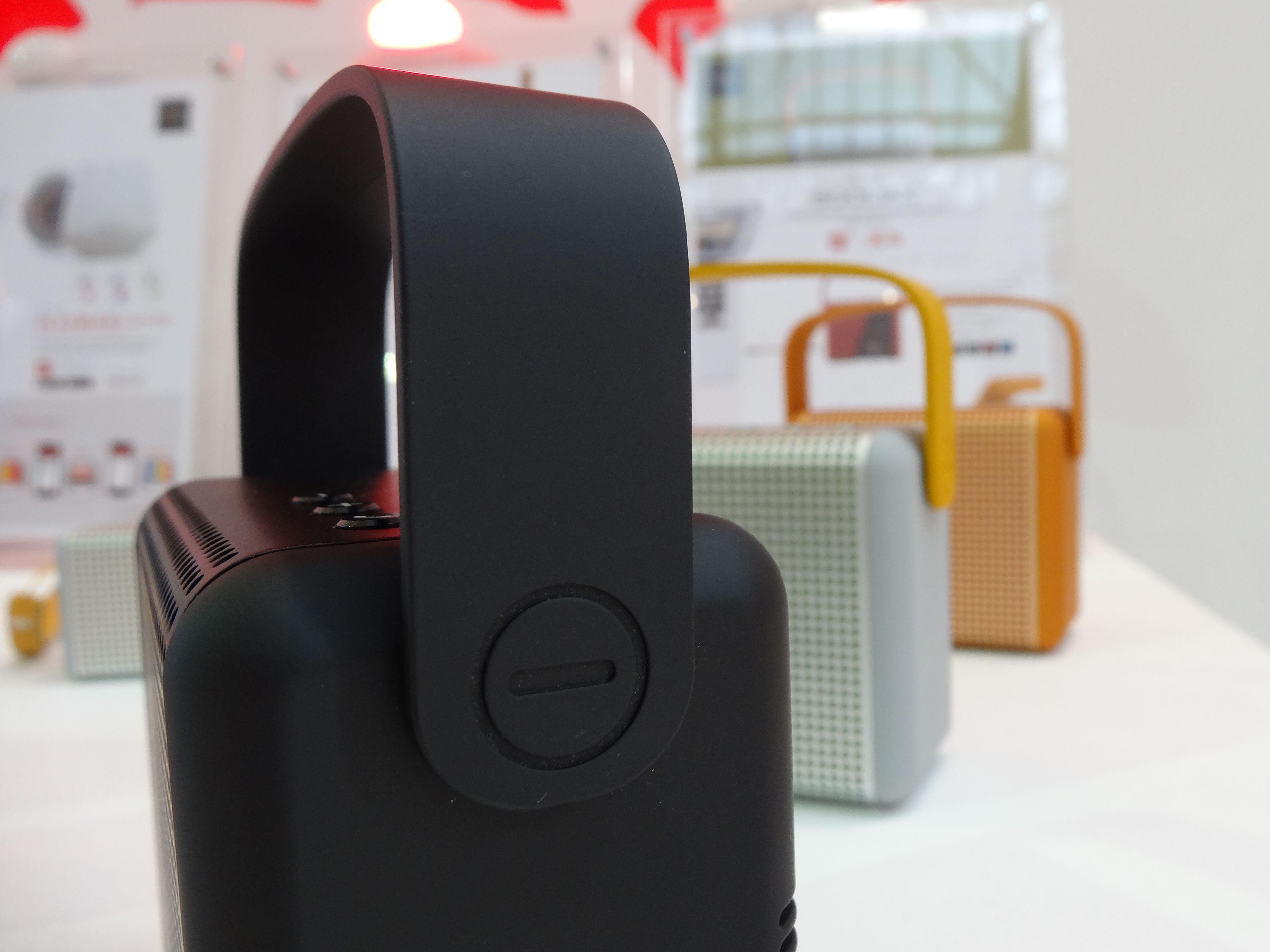 100% DESIGN - Portable speakers