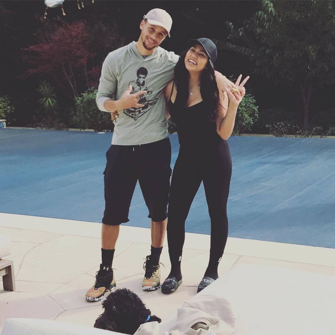 Cute Pictures Of Stephen Curry And His Wife Ayesha Popsugar Celebrity Ayesha And Steph Curry Stephen Curry Pictures Warriors Stephen Curry