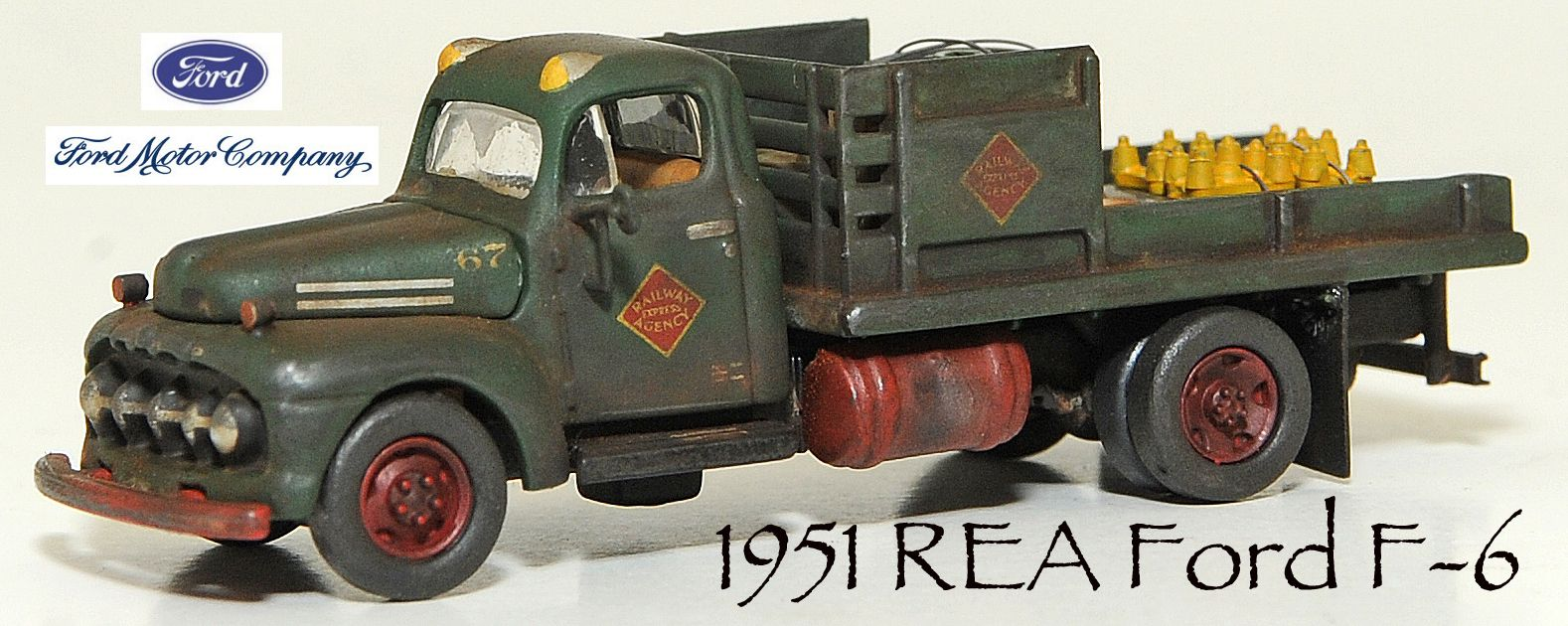 1/87 scale weathered Ford REA flatbed | Weathered HO scale