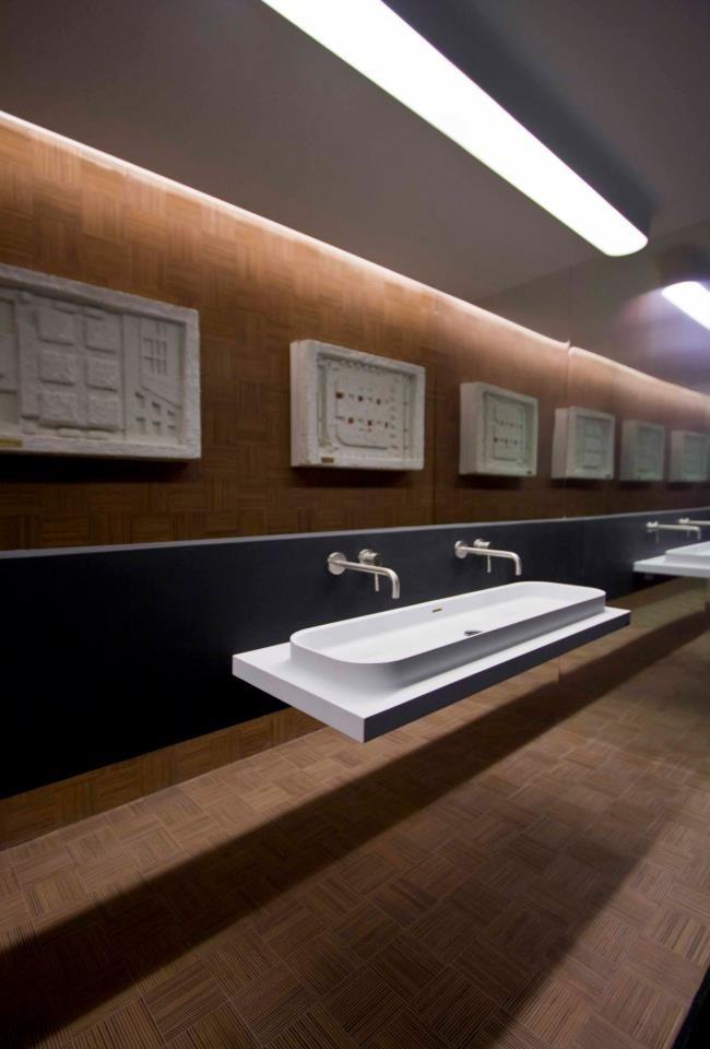 Pleasant Marike C7 1200 Bathroom Basin In A Showroom In Malta For Home Interior And Landscaping Oversignezvosmurscom