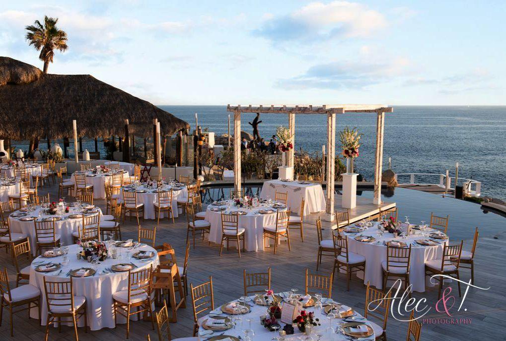 Wedding Napkins; Wedding Crashers Negotiation Scene beside