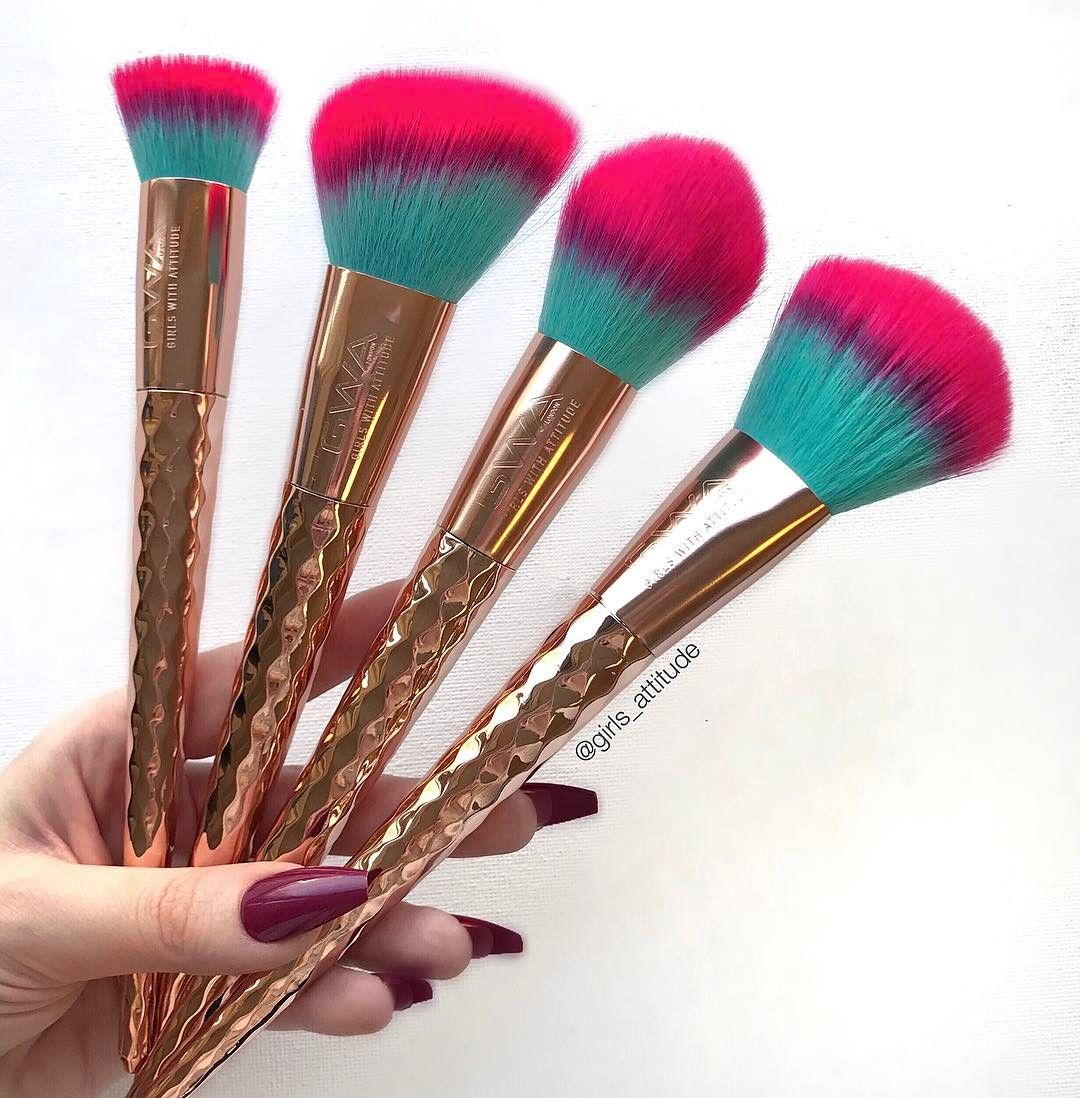 New to GWA Rainbow Collection makeup brushes. These