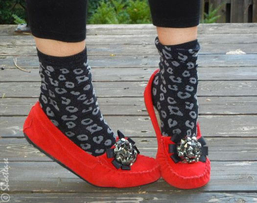 Style Narcissism – Red Holiday Foot Candy!