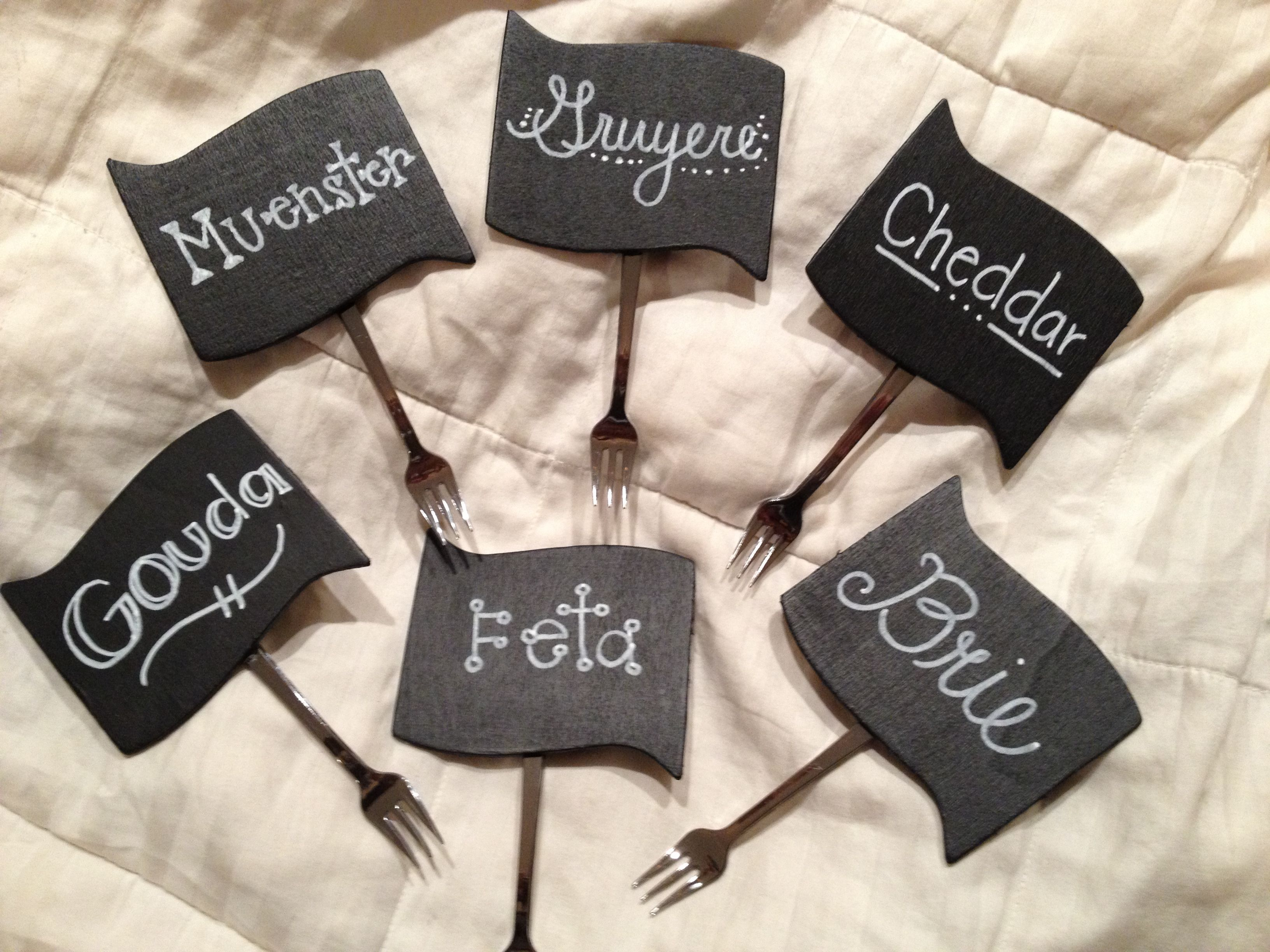 Chalkboard labels with mini fork to stick into any food or for Diy chalk labels