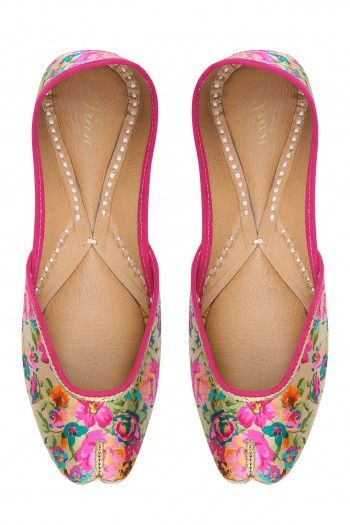 e510bea33c0bc Vian Multicolor Lovely Flowers Print Juttis  happyshopping  shopnow  ppus  Indian Shoes
