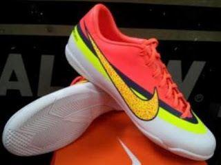 Jika Anda Ingin Membeli Sepatu Futsal Dengan Merk Nike Banyak