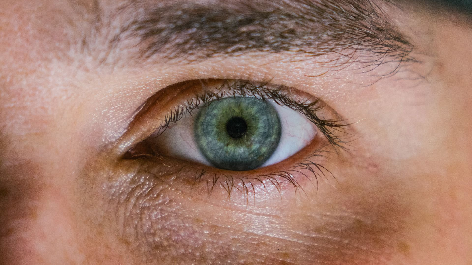 Are you predisposed to vitiligo? The color of your eyes can tell about it.…