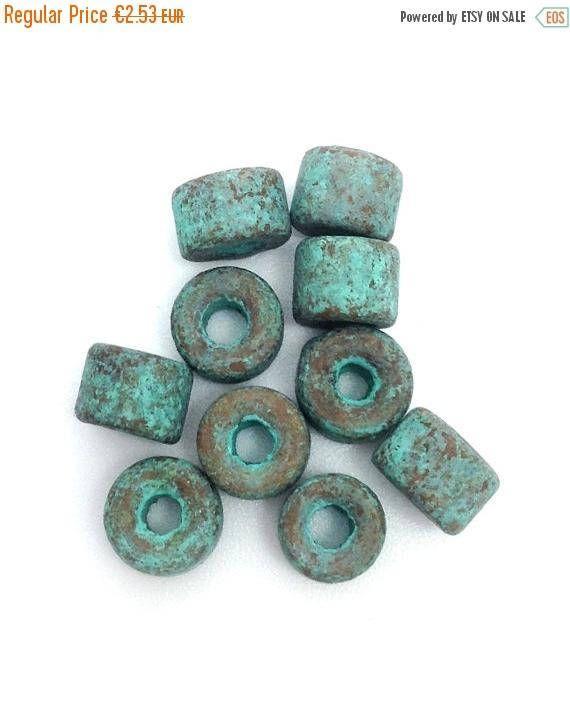 Kupfer Grüne Patina zehn keramikperlen in zylinderform in kupfer mit grüner patina 6mm