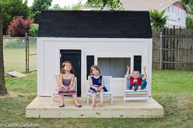How cool!!  A mom-built playhouse