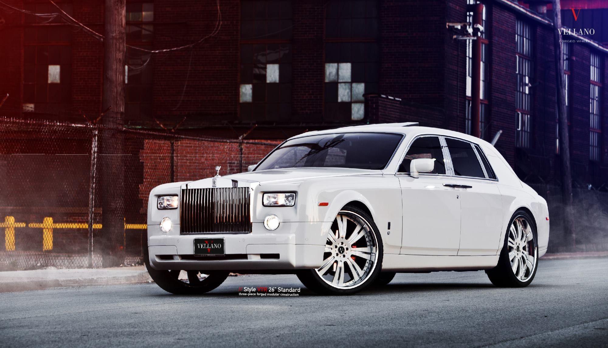King Of All Cars White Rolls Royce Phantom With Aftermarket Parts Rolls Royce Rolls Royce Cars Rolls Royce Wallpaper