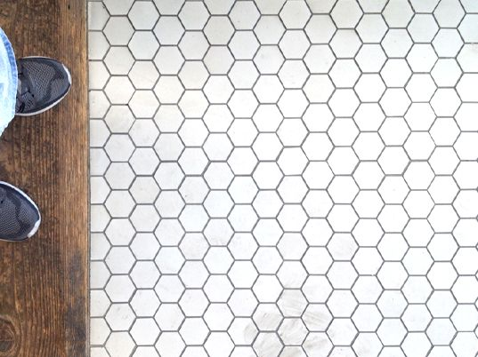 #repeatrepeatrepeat #tile #white #geometric #pattern
