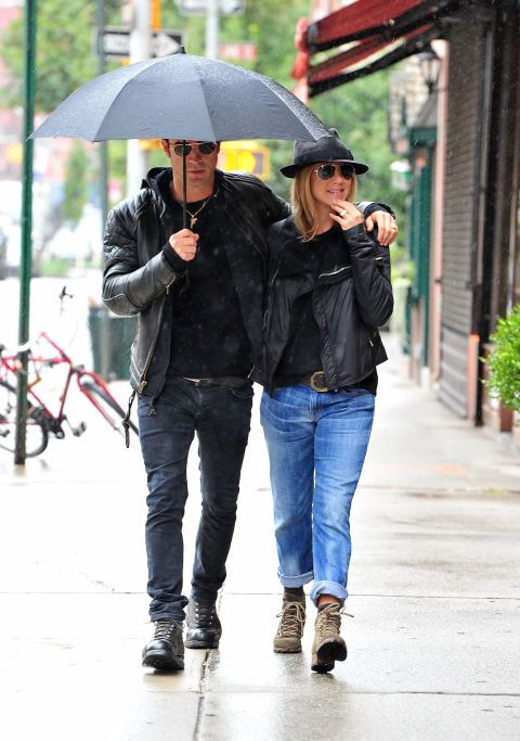 Justin Theroux and Jennifer Aniston in 2011. See 17 more celebrity couples who dress alike.