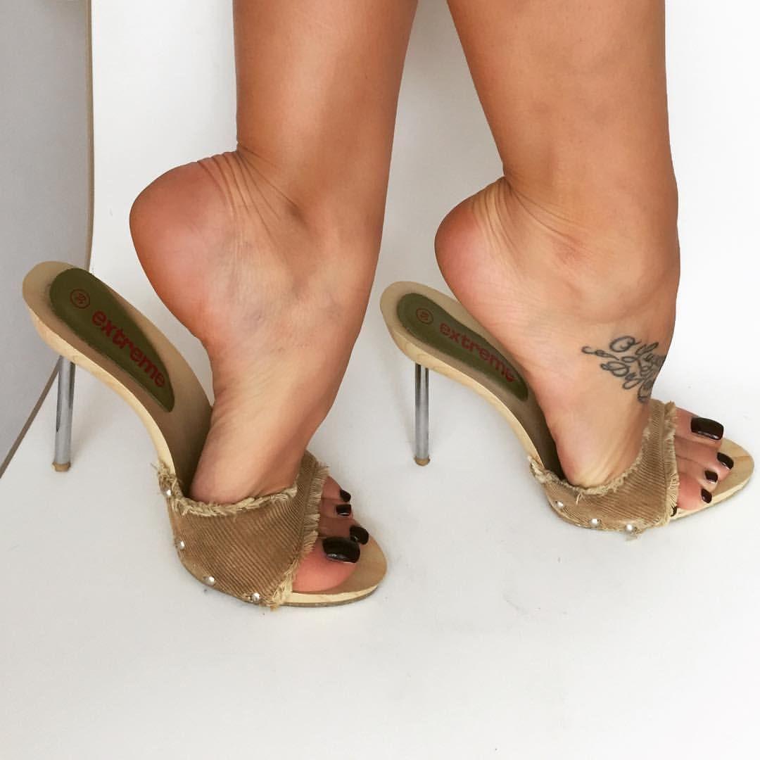 Wooden Sole Sphere Metal Heels Sexy Ladies High Heels Shoes