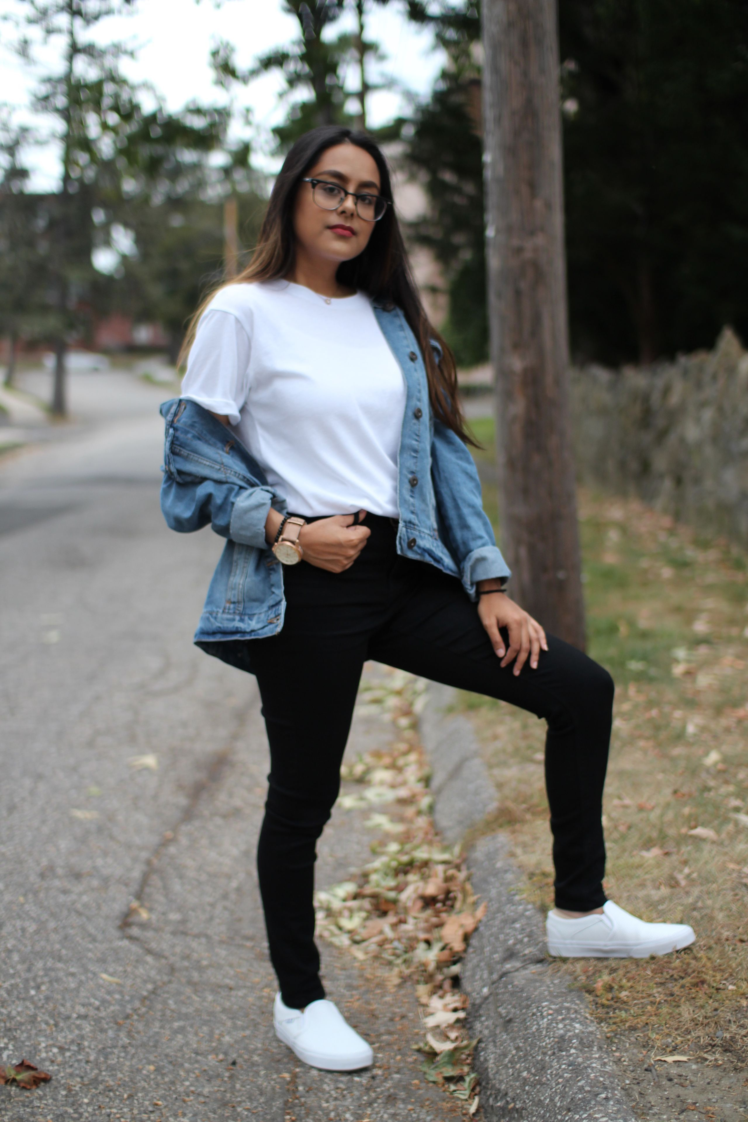 College Student At University Of Bridgeport Rocks Black Pants A White Tee An Oversized De Trendy Fall Outfits Embroidered Jacket Outfit Outfits With Leggings [ 3840 x 2560 Pixel ]