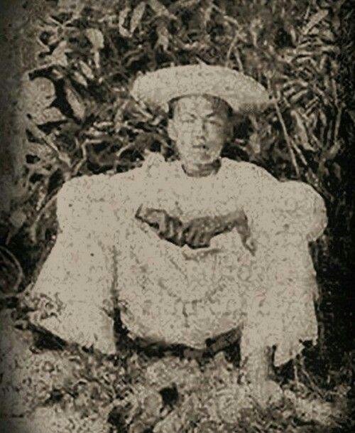 Emilio Aguinaldo in 1896 | The spanish american war ...