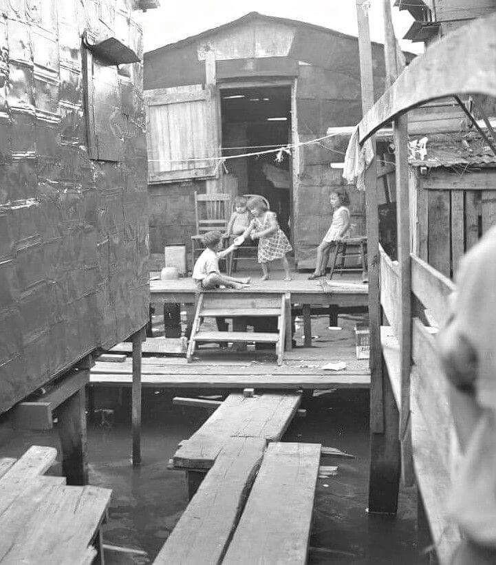 Comunidad El Fanguito Santurce Puerto Rico 1937 La Isla En Que