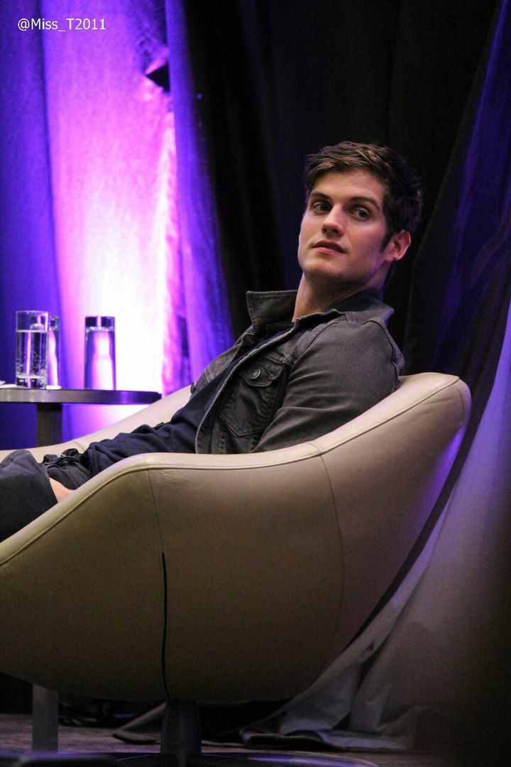 Дэниел Шарман ▪ Daniel Sharman Daily