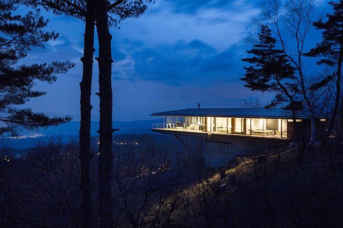 A Sleek Mountainside House By Kidosaki Architects Ignant House Design Photos Modern Architecture House Japanese Architecture