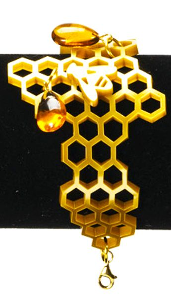 bracciale-alveare-plexiglass-bee-jewels-maria-marino-tbizart-particolare