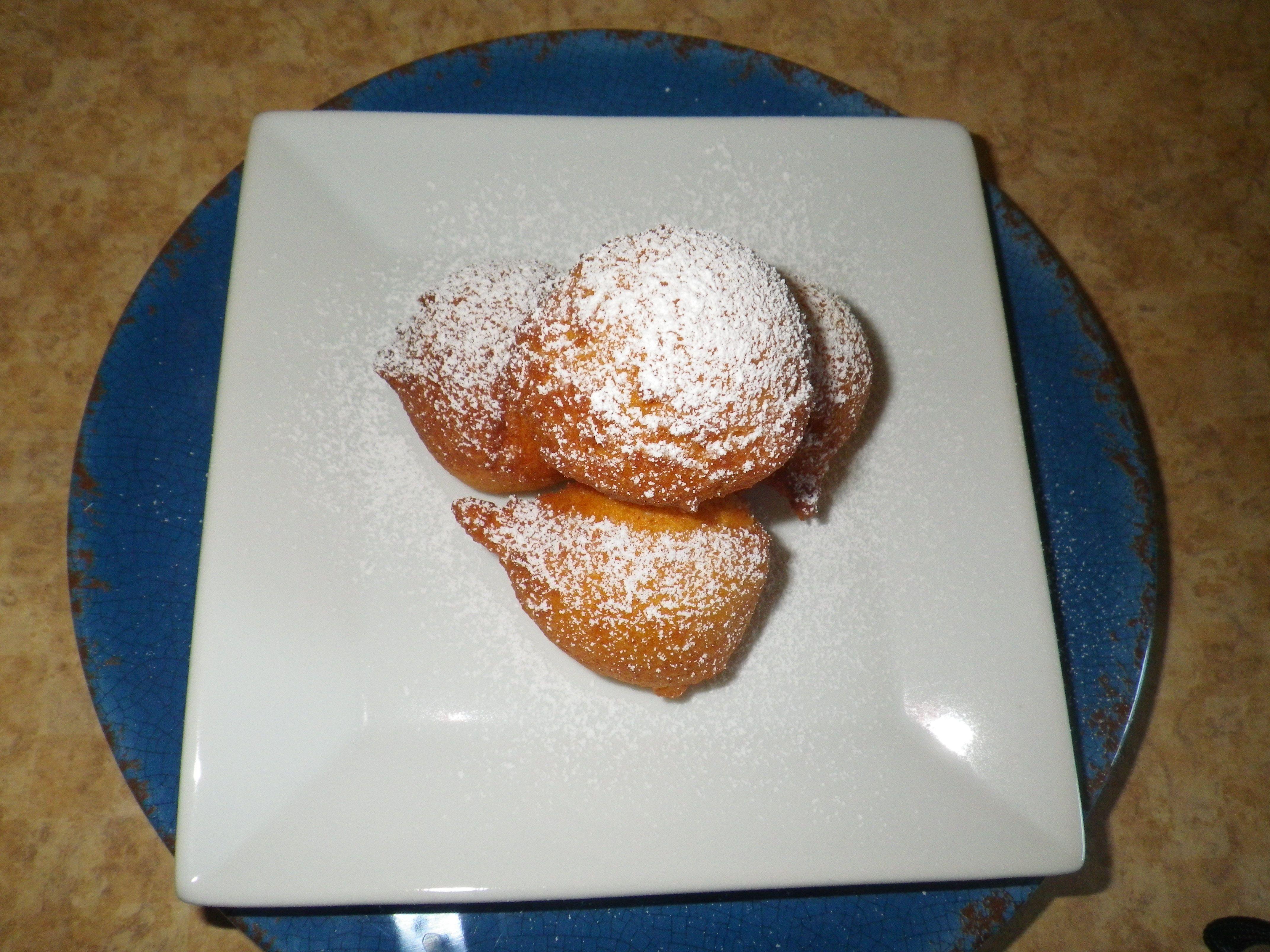 Zeppoles- Baking my way through my travel bucket list. Recipe at confectionsandcookiesblog.wordpress.com