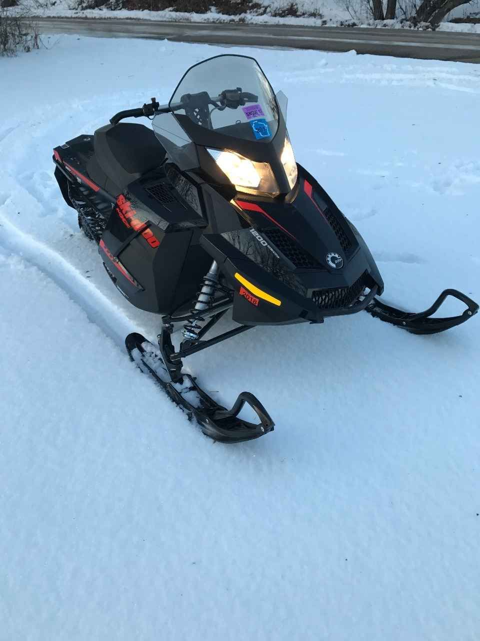 Used 2015 Ski Doo Mx Z Tnt 1200 Snowmobile For Sale In Wisconsin Wi 2 537 Miles Cover Spare Belt New Carbides And Added Carbides O Snowmobile Skiing Wisconsin
