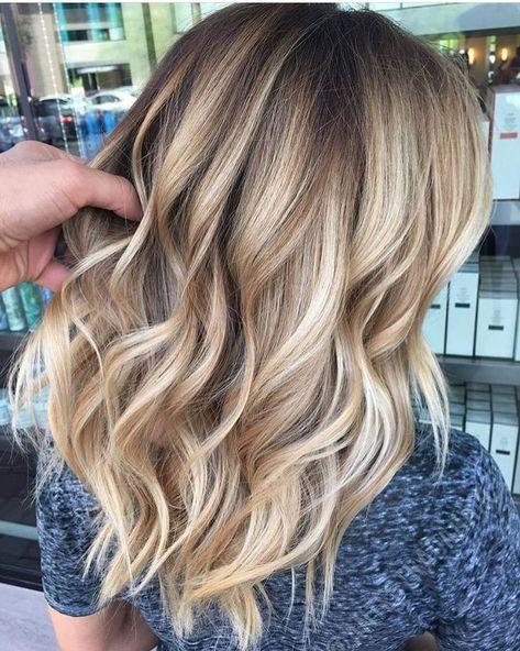 A little beige, a little gold. Color by @antestradahair #hair #hairenvy #hairtal…  – Haare