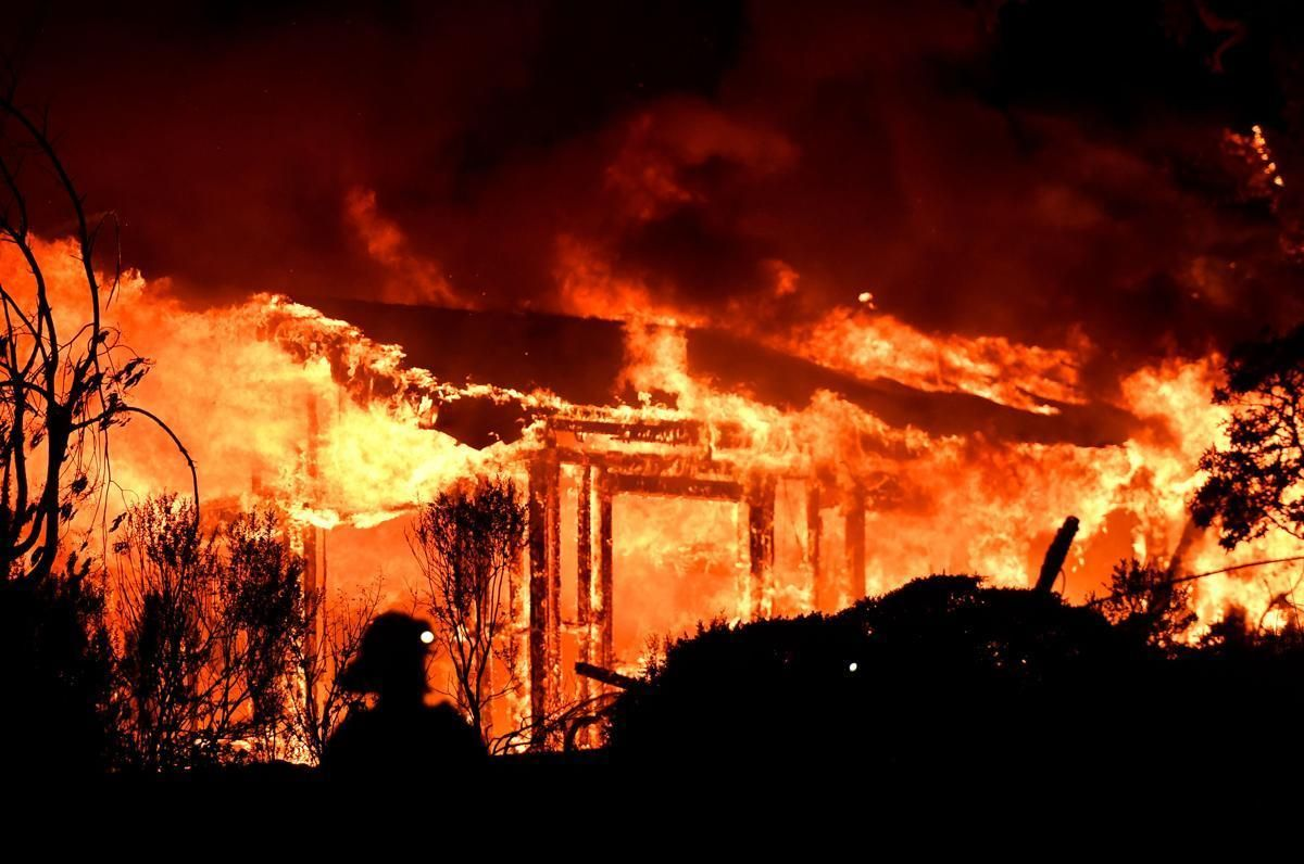 Raging Wildfires In California The Boston Globe California Wildfires Disneyland Closed Wine Country California
