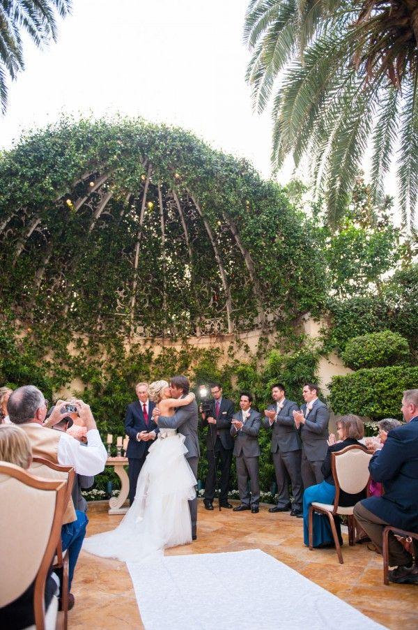A Woodsy, Terrarium Inspired Wedding in a Garden {Wynn