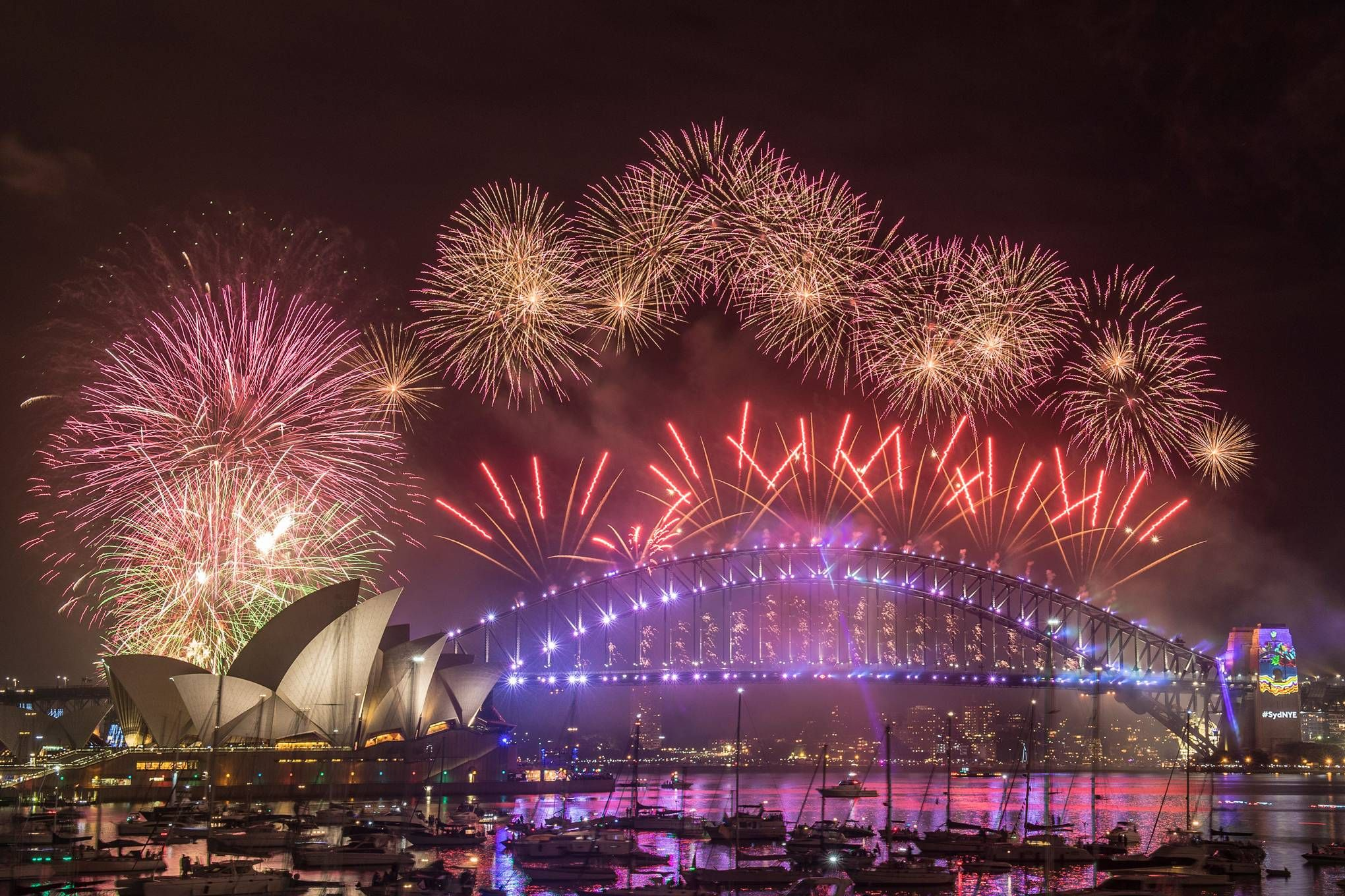 The Best New Year S Eve Holiday Destinations Around The World 2020 In 2020 Celebration Around The World New Year S Eve Around The World New Year Fireworks