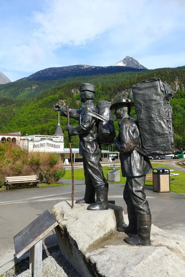 Photo Gallery / By Scenery Type | Train, Scenery, Alaska train