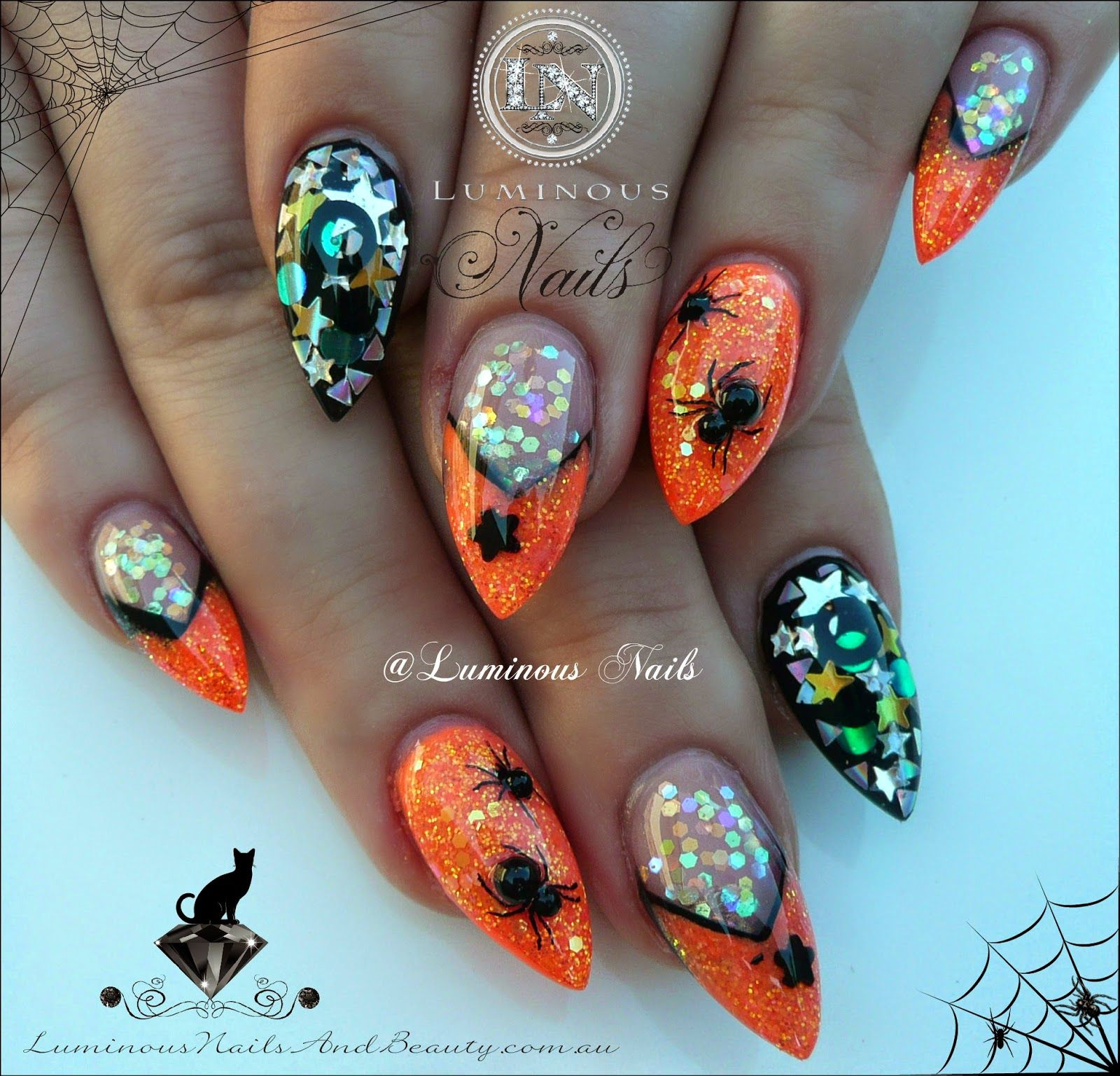 Luminous nails halloween acrylic nails with scary creepy spiders luminous nails halloween acrylic nails with scary creepy spiders prinsesfo Image collections