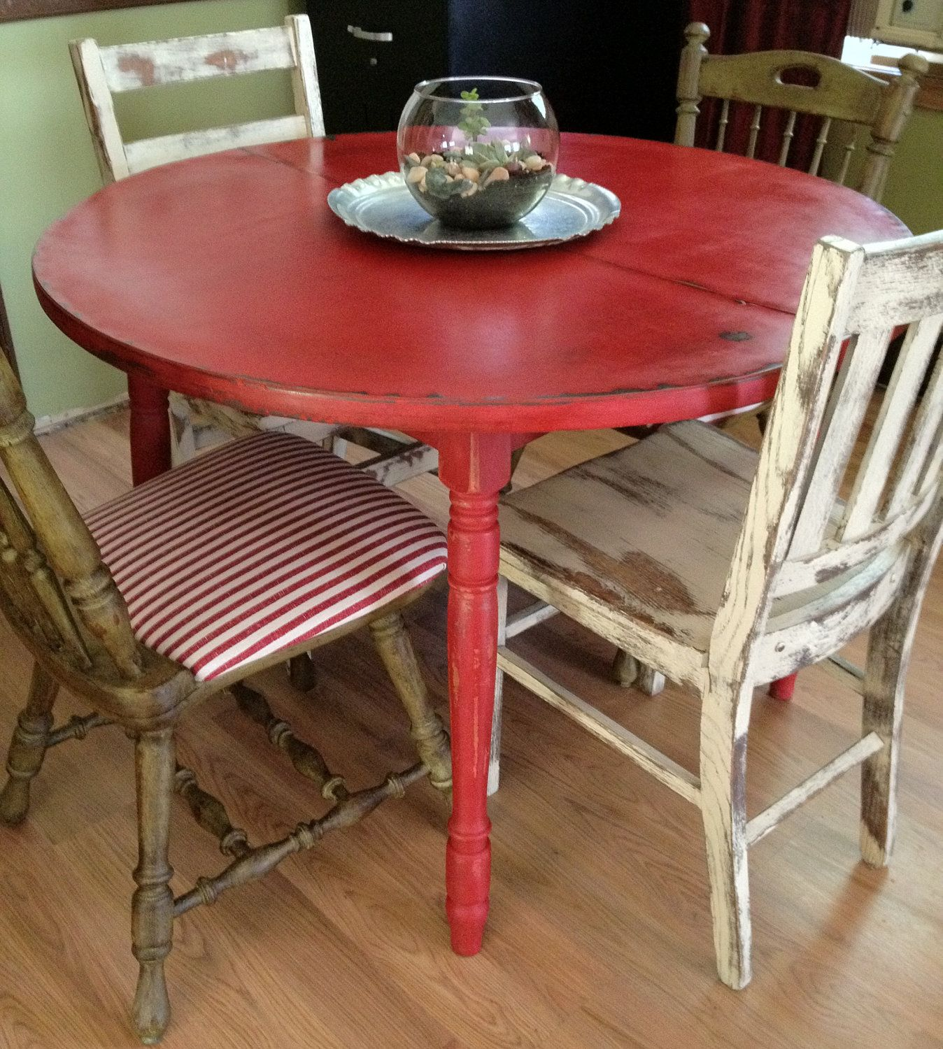 Round Kitchen Table For 6 Glass Storage Containers Distressed Country Vintage Hip
