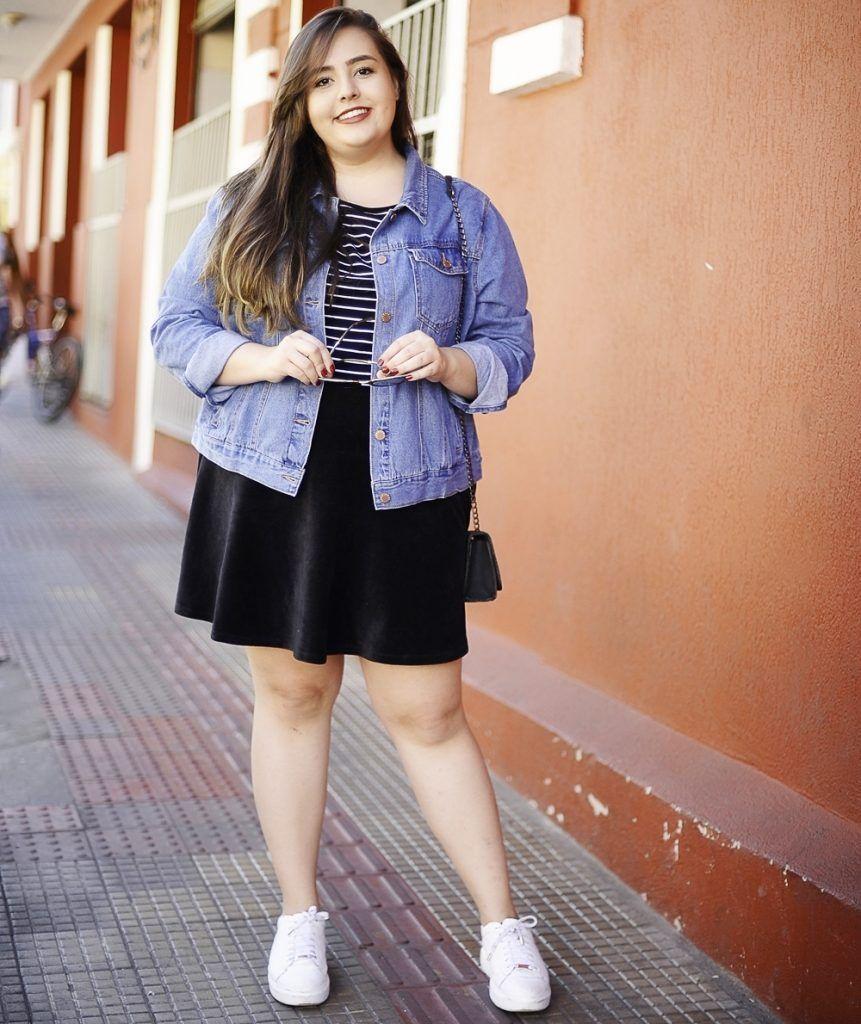 cd58c1576 Look do dia plus size saia de veludo jaqueta jeans blog cinderela de  mentira  curvyfashion
