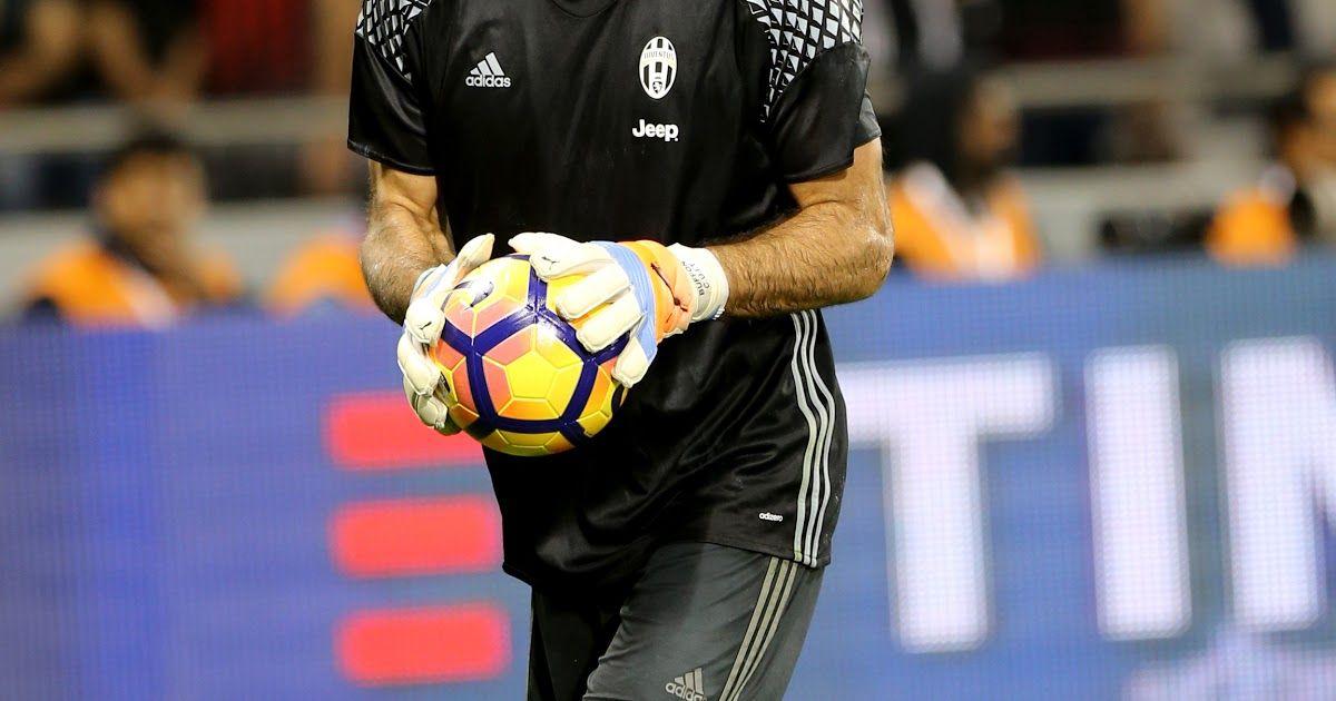 Gianluigi Buffon Wikipedia 20 Years Ago Today An Unknown 17 Year Old Goalkeeper Was Gianluigi Bu In 2020 Football Italy Buffon Champions League Juventus Goalkeeper