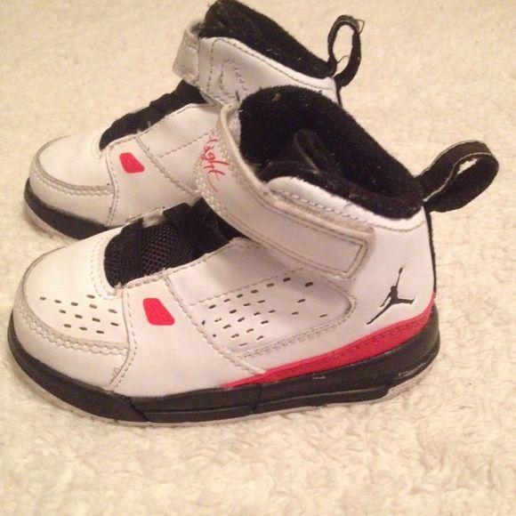 e04bd681ded9a9 Baby Jordan Flight shoes Baby flights size 5c red  white black Jordan Shoes  Baby