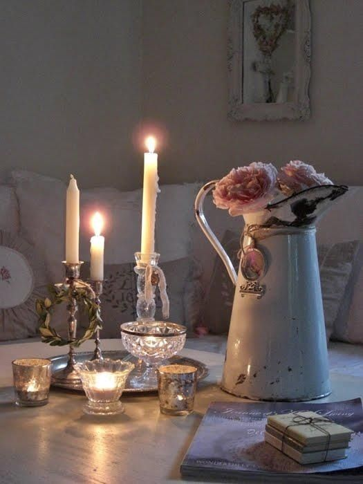 Pretty candles & flowers
