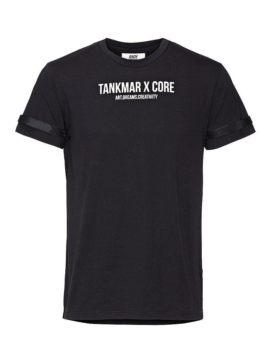 CORE by JACK & JONES - T-Shirt von CORE von Andy Tankmar - Statement-T-Shirt - Rundhalsausschnitt - Kragen aus gleichem Stoff - Klettverschluss an den Ärmeln - Gerundeter und hinten längerer Saum - Aufdruck vorn - Das Modell trägt Größe L und ist 187 cm groß  Andy Tankmar hat es sich zur Gewohnheit gemacht, seine Träume in die Tat umzusetzen. Und die Welt hat es zur Kenntnis genommen. Wir haben...