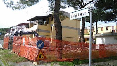 Giulianova Iniziati ieri i lavori in piazza Giovanni XXIII e in via Longo