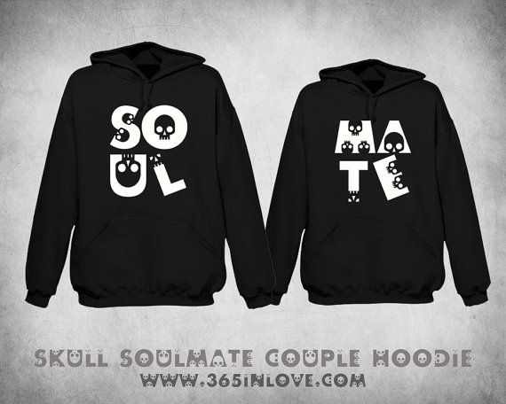 THIS IS WHAT AN AWESOME LESBIAN LOOKS LIKE HOODIE ALL SIZES COLOUR CHOICE