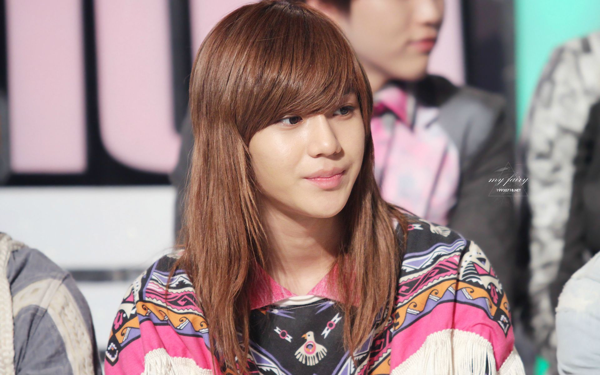 10 Male K Pop Idols You Forgot Had Long Hair Koreaboo Long Hair Styles Boys Long Hairstyles Taemin