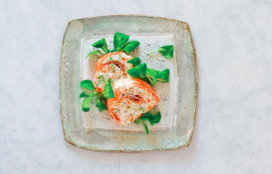 Ricetta Sushi di salmone con caprino e verdure - Le ricette de La Cucina Italiana