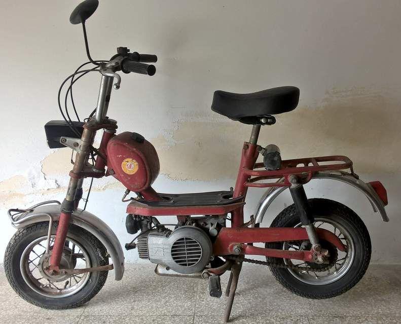 Motorini Anni 70 80.Auto E Moto Anni 50 Motorino Minarelli Mini Chic Anni 70